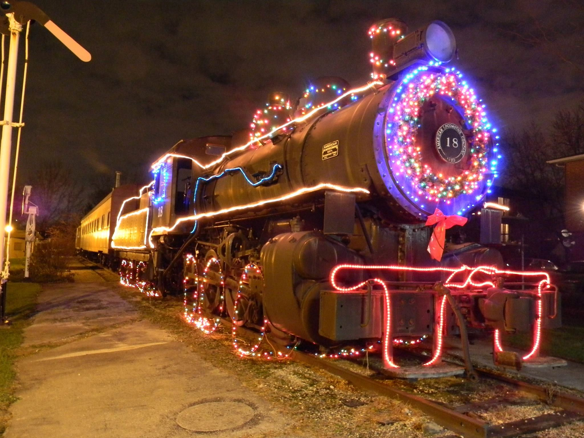 Holiday-Express-Train